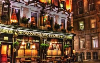 Di nuovo aperto il famoso Sherlock Holmes Pub di Londra