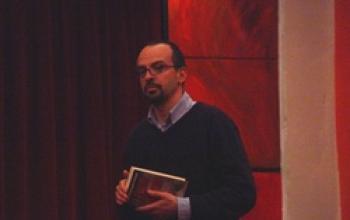 Giallo su giallo: Alessandro Perissinotto presenta I fiumi di porpora