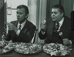 Paolo Ferrari (Archie Goodwin) e Dino Buazzelli (Nero Wolfe)