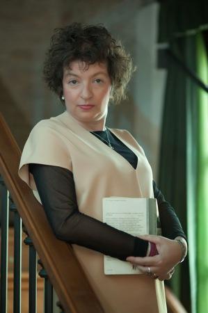 Elena Vesnaver