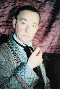 Roger Llewellyn