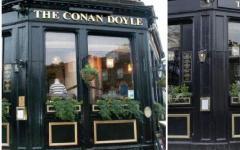 Sul Pub scozzese dedicato a Conan Doyle
