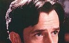 Stephen Fry e Rupert Everett: chi dei due sarà lo Sherlock Holmes migliore?