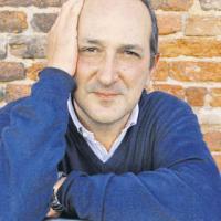 Francesco Recami e il suo… uomo con la valigia